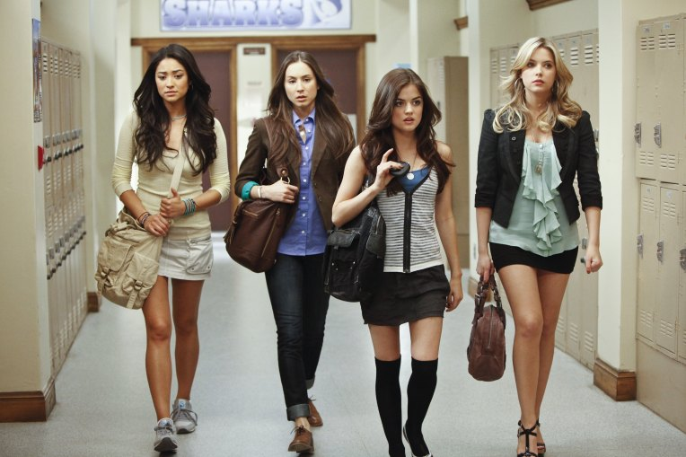 """PRETTY LITTLE LIARS - """"The Jenna Thing"""" - With the return of Jenna Cavanaugh to Rosewood, the girls must face an unpleasant past as questions arise about Alison's death, in an all-new episode of ABC Family's original series, """"Pretty Little Liars,"""" premiering Tuesday, June 15th (8:00 - 9:00 PM ET/PT). (Photo by Jamie Trueblood/ABC Family via Getty Images) SHAY MITCHELL, TROIAN BELLISARIO, LUCY HALE, ASHLEY BENSON"""